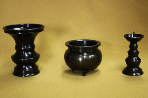 仏教三具足(花瓶香炉燭台)