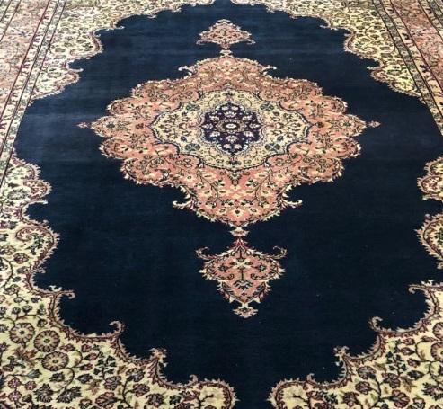 トルコのコンヤラディック絨毯